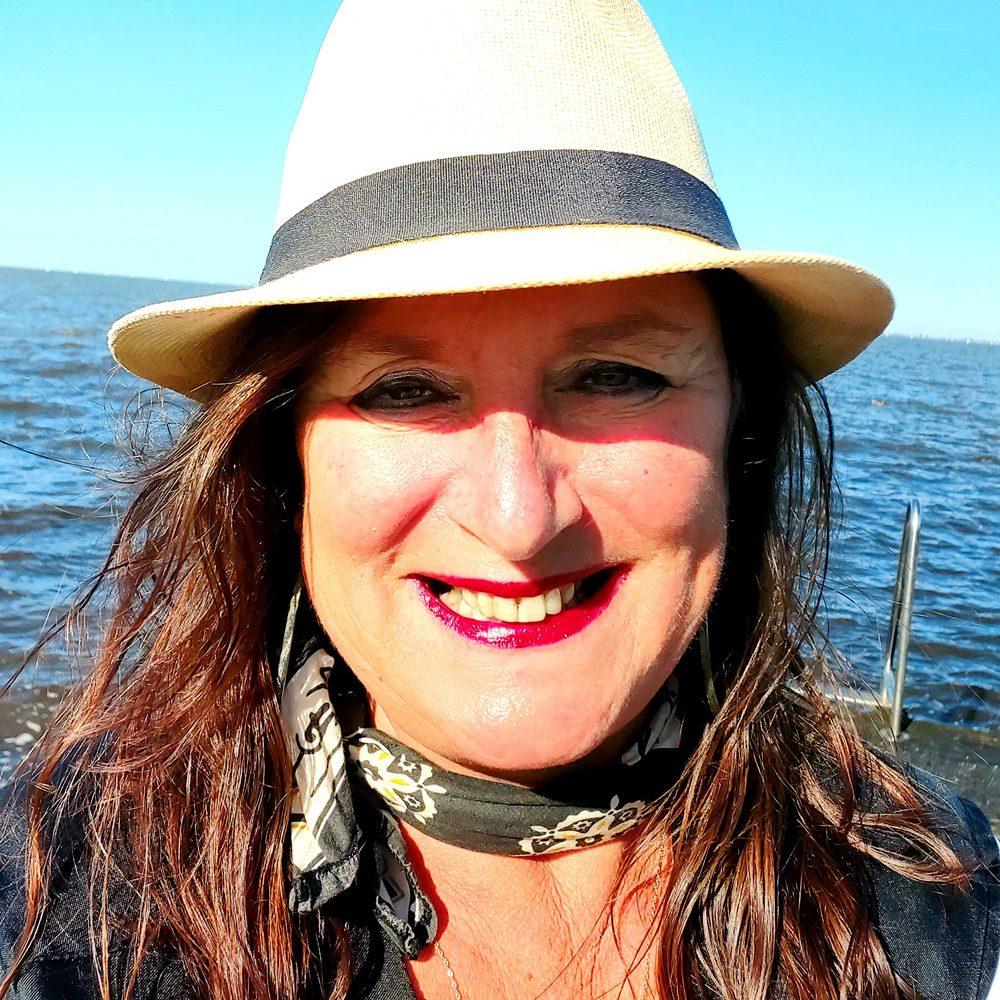 Miranda Nanda Maria van Dijk © Passie voor EXPRESSIE . MENSELIJKE ONTWIKKELING . VERBINDING .